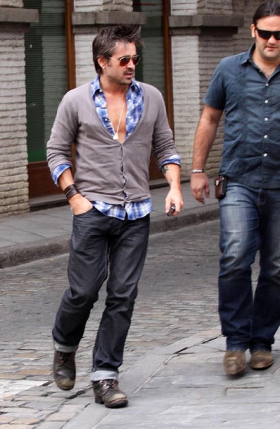 Колин Фаррелл на прогулке в Испании