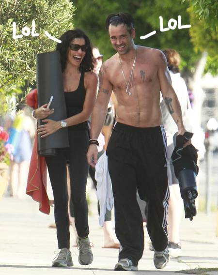 colin-farrell-sweaty-topless-hot-body-yoga-la-laughing-smiling__oPt